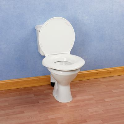 Bariatric heavy duty toilet seat parkgate mobility for Bariatric bathroom design